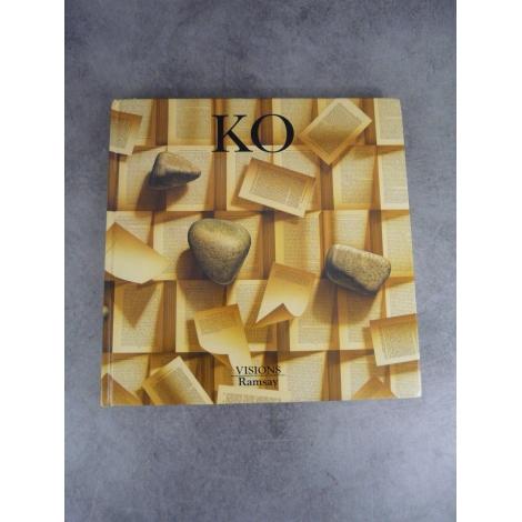 Ko Young-Hoon Peintures collection visions Ramsay Beau livre illustré cadeau état de neuf