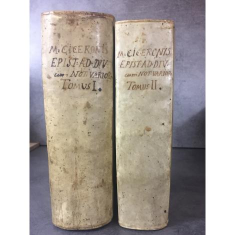 Cicéron Epistolae Ad Familiares Paul Manuce Ediiton de Blaeu et Elzevir titre à la sphère précieuse édition critique.